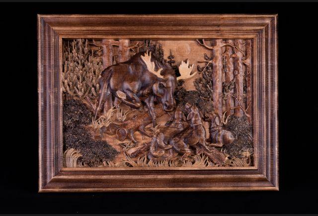 Резная деревянная картина Лось №2