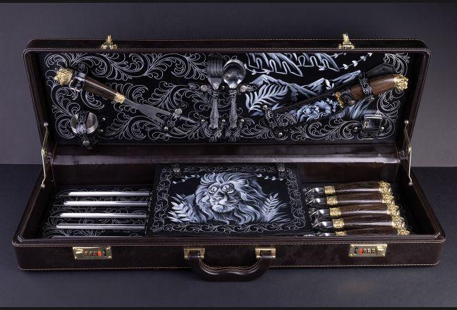 Подарочный набор для шашлыка Лев в чемодане