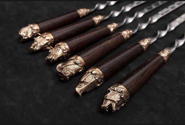 Набор шампуров Звери стандарт из бронзы (рукоять венге, литье бронза) 6 шт