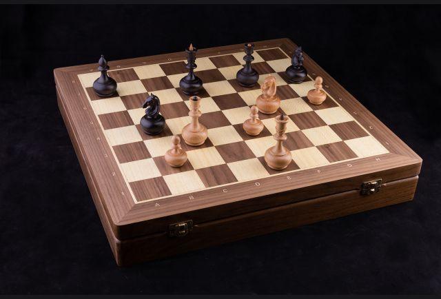 Шахматы Классические (орех)
